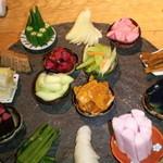 風味や 春 - 漬物の盛り合わせ 飲み放題付き2500円
