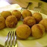 スタンド エス - ゴルゴンゾーラとサツマ芋のコロッケ