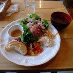 MOVE CAFE - スープ付きサラダプレート