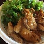 TAKE OUTピリ辛鶏焼き混ぜフォー