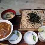 辰巳庵 - 料理写真:ざるセット(カレー丼)