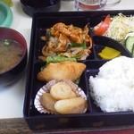 福寿亭 - 料理写真:日替わり定食620円。この日は「焼肉」