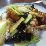 中国台湾料理 王府 - すこし拡大してみた