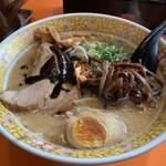 桃太郎 - 料理写真:濃いコク味噌ラーメン