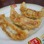 餃子の王将 - 料理写真:餃子(ジャストサイズ) 132円