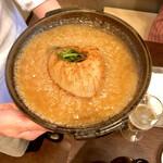 130224143 - フカヒレのステーキ、陶板仕立て