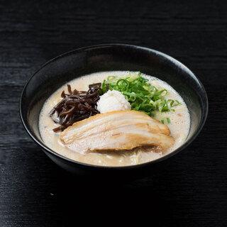 ぎょらん亭 - 料理写真:どろラーメン