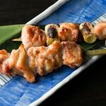 雷門 き介 - 秋田県産、比内地鶏の串焼き