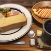 カフェ&デリ オッキアーリ - 料理写真:トーストのモーニング オムレツ