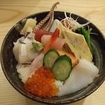 松栄寿司 - ランチの海鮮丼