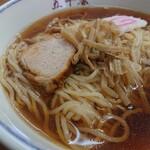中華料理 五十番 - 塩分も絶妙に仕上げられたメンマと名物絶品チャーシュー。