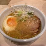 ひるがお - 味玉塩つけ麺スープ