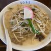 極濃湯麺シントミ - 料理写真: