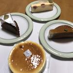 ピアッコリーナ・サイ - 料理写真:〜各種チーズケーキ〜
