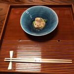 Aji Fukushima - 塗盆に箸