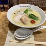 らぁめん もののこころ - 料理写真:鶏白湯ラーメン