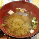個室・鶏ざんまい 十四郎 - 味噌汁