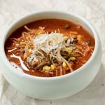 ユッケジャンスープ/Korean spicy soup with Vegetables