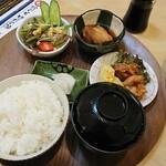 130318802 - 焼魚定食