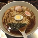 Taikaiken - 「ワンタン麺 普通盛り」950円