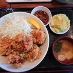 肉めし神丼  - 2020年5月 唐揚げ丼 並盛(唐揚げ5個) 780円