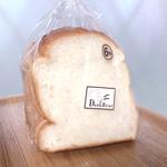 ベーカリー ダンクブロート - ダンク 本食パン 1斤 250円