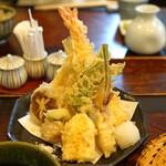 よし房 凛 - 料理写真:天せいろの天ぷら