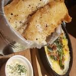 テイスティングバー 柴田屋酒店 - fish&chips、ラザニア