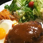 ヘンゼルカフェ - 黒毛和牛甲子園ハンバーグ御膳¥950