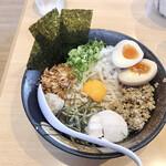 濃厚鶏ソバ 麺 ザ クロ - 料理写真:特製鶏まぜそば 1090円