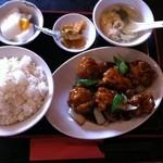 Wang - 鶏肉の唐揚げ甘酢かけ定食