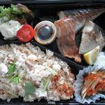 130352874 - 【テイクアウト】 鯛めし+炭火焼魚弁当 \500
