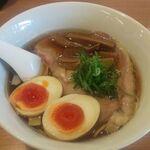 らぁ麺 時は麺なり - 料理写真:特製らーめん