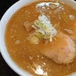 ふらり - 豚骨醤油ラーメン(大盛)