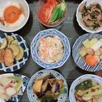 京のSAKESORA - 料理写真:ランチタイムのおばんざい