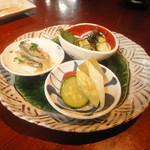 志蕎庵 江月 - 季節の三種盛り(五月)