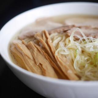 中華そば処 琴平荘 - 料理写真:中華そば 塩 宅麺