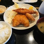 日乃本食堂 - ミックスフライ定食 760円