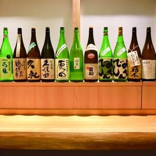 季節ごとに入れ替える日本酒をはじめとした銘酒と一献傾けて…