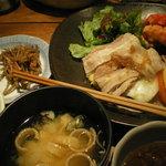 神田 わだつみ - 豚バラ白菜蒸しポン酢ソース&甲イカの紅生姜衣天ぷら