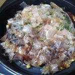 おやつ村 - 料理写真:お好み焼きの豚玉