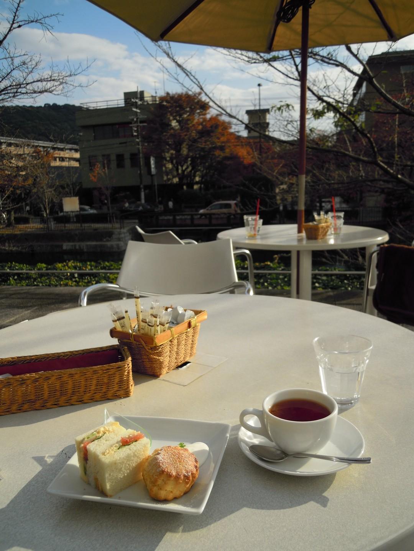 カフェ ド ゴマルゴ