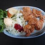 松美食堂 - 料理写真:鳥の唐揚げ単品600円(税込)