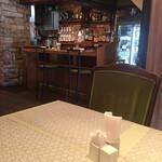 レストラン ヨコオ - 店内