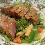 ジュリエッタ - 三元豚肩ロースのピカタ、お肉の下にお野菜たっぷり。