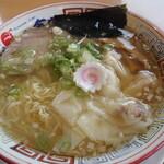 かもめ食堂 - 料理写真:海老ワンタンメン (潮味)