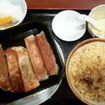 中国料理 餃子菜館 - 餃子定食(鉄鍋餃子)