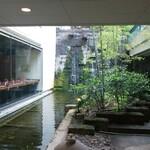 麓屋 - その他写真:外観 中庭