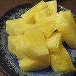 ちゅらさん亭 - パイナップルがとっても甘くておいしかった(*^_^*)