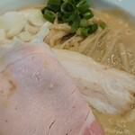 130462474 - 濃厚鶏白湯♪